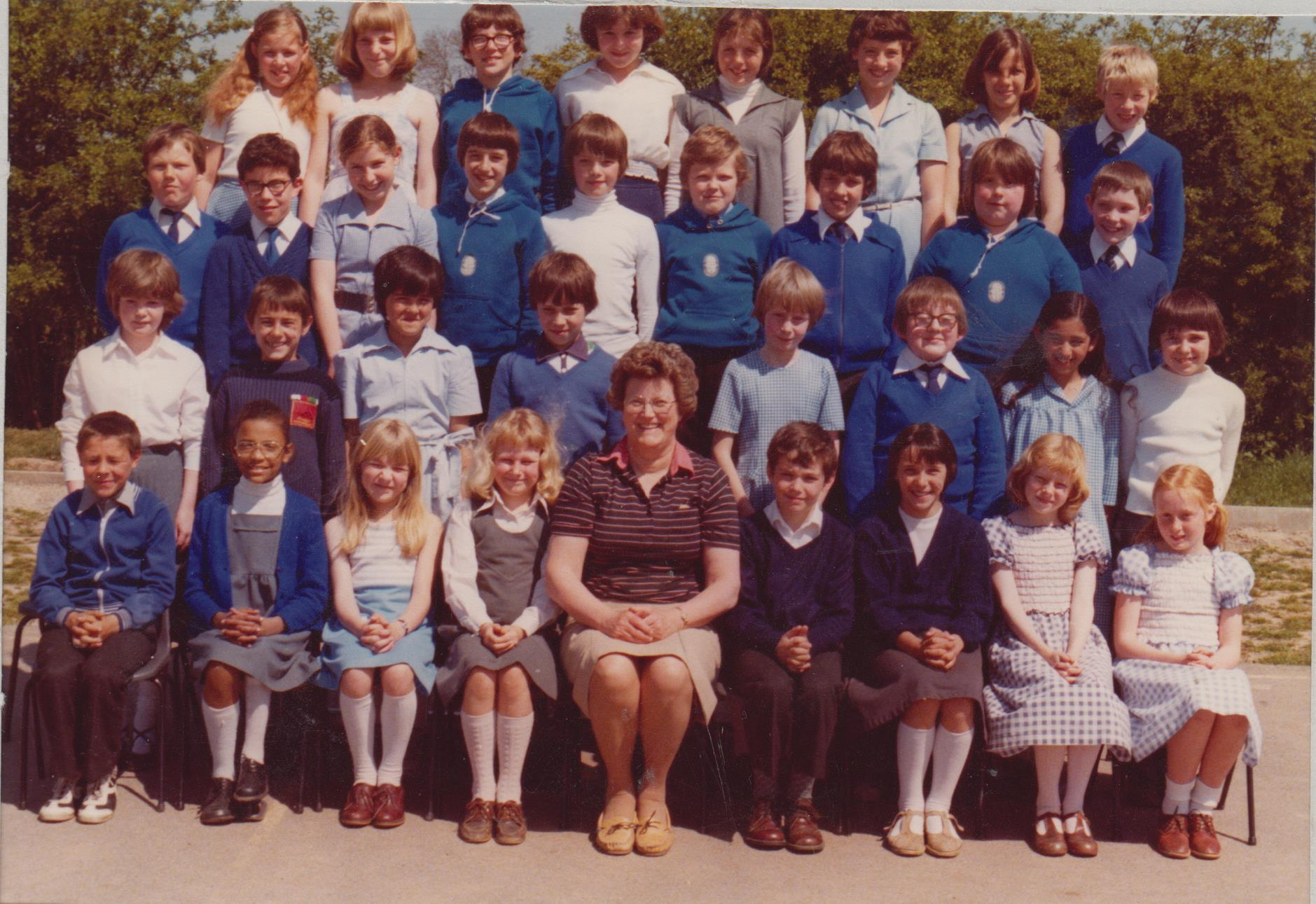 school_group_late_1970s_001.jpg
