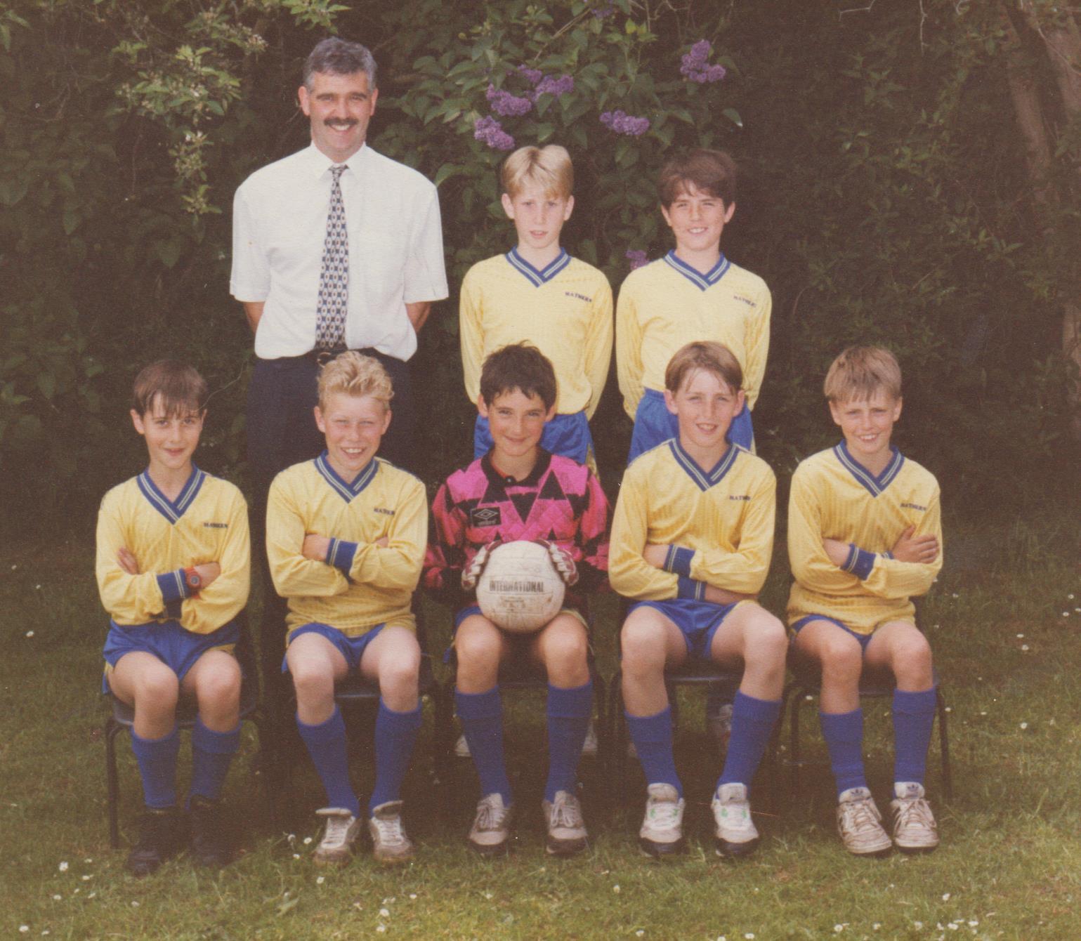 school_football_c_1990_001.jpg