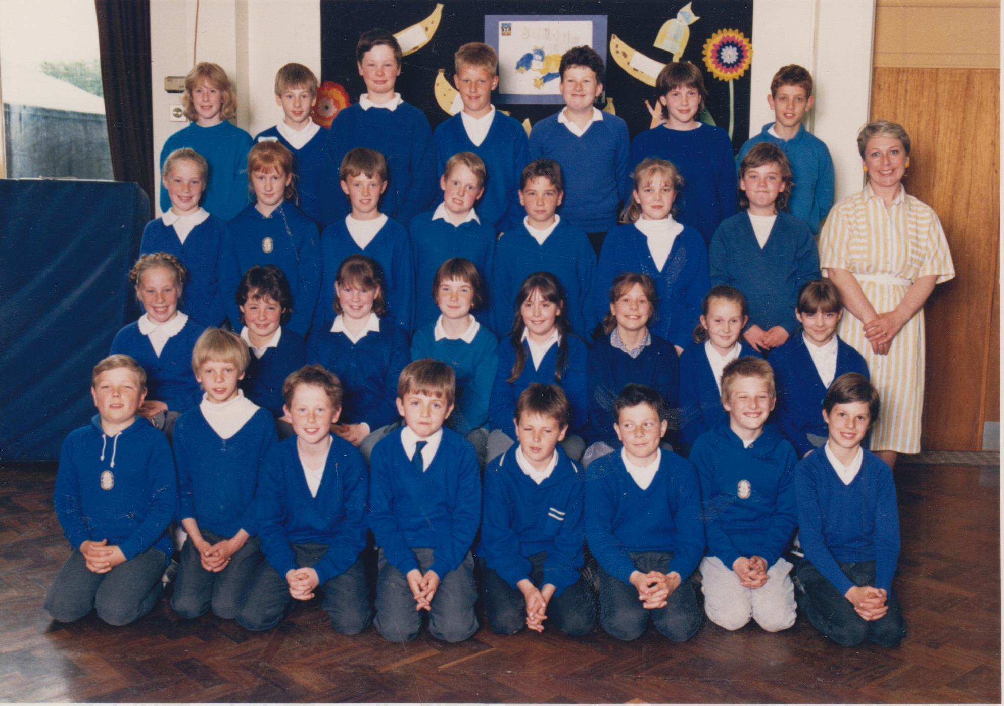 school_group_pycroft_front_right_001.jpg