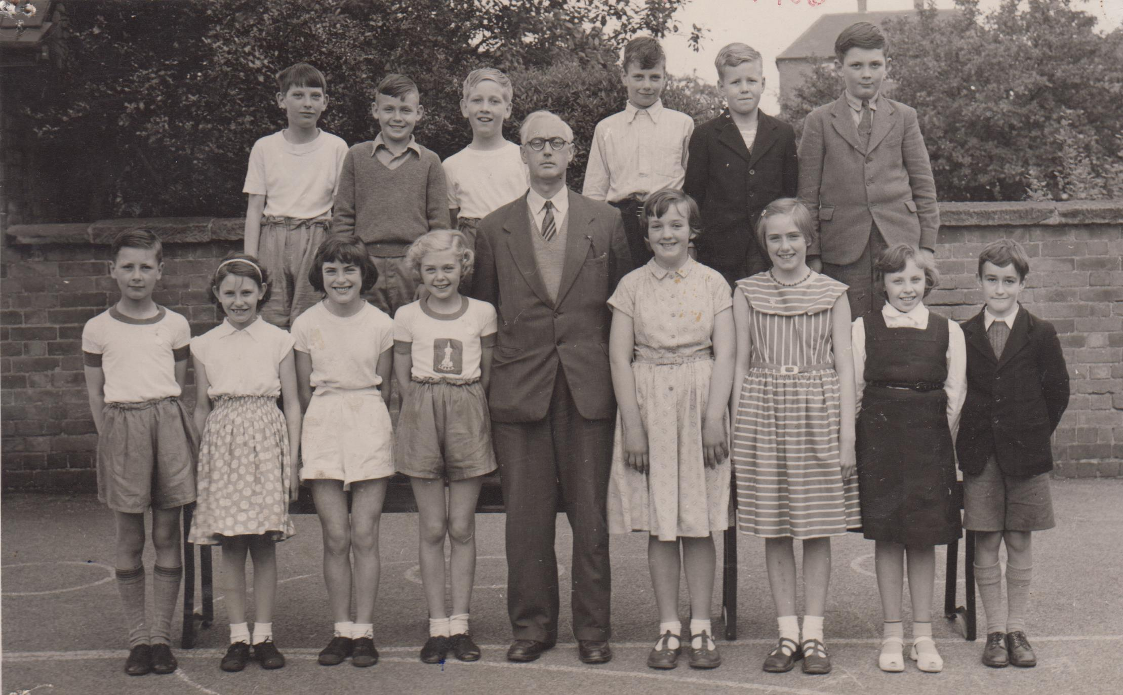 school_leavers_1956_001.jpg