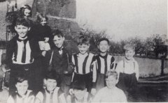 fpoh37_schoolfootball_1949_0001.jpg