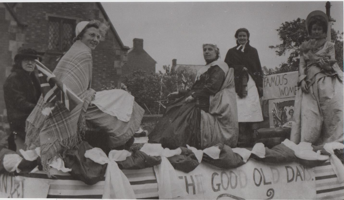 h383_famous_women_float_1953-001.jpg