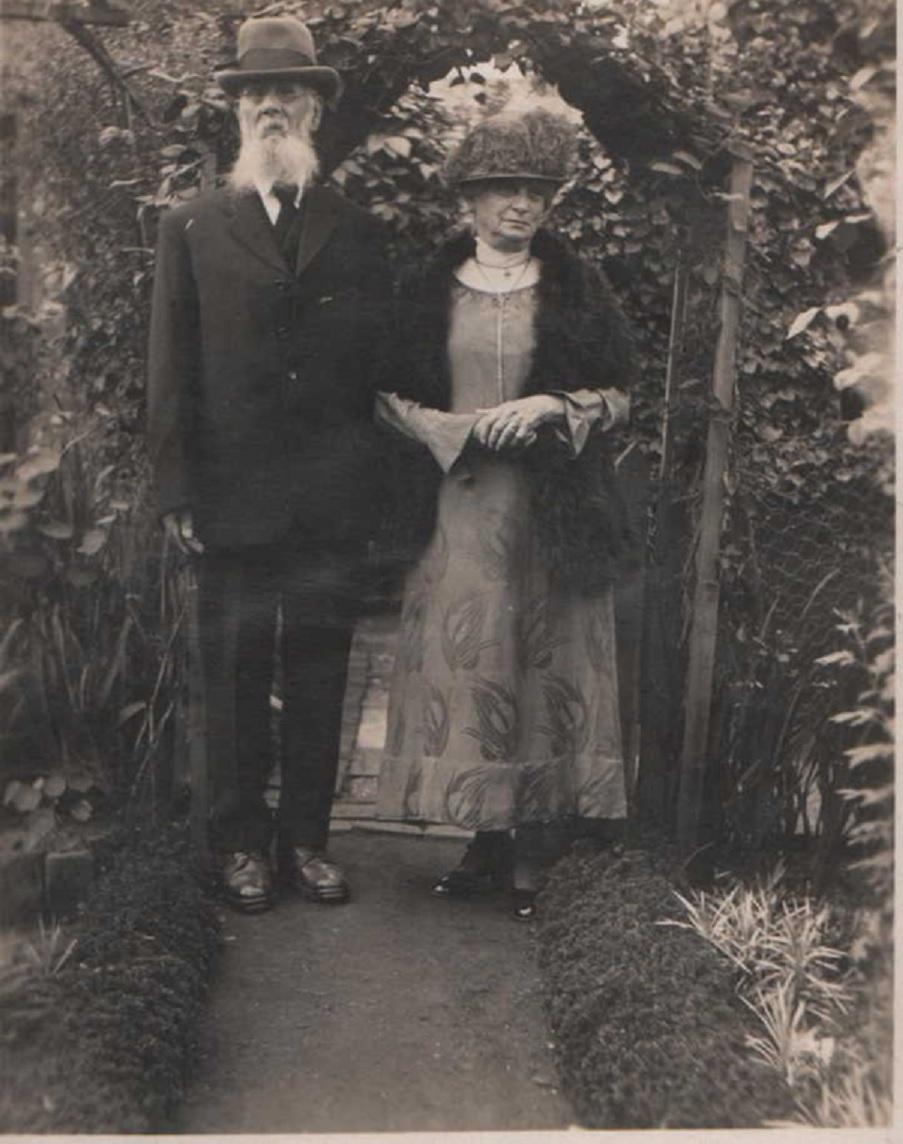 john-and-sarah-tollington.jpg