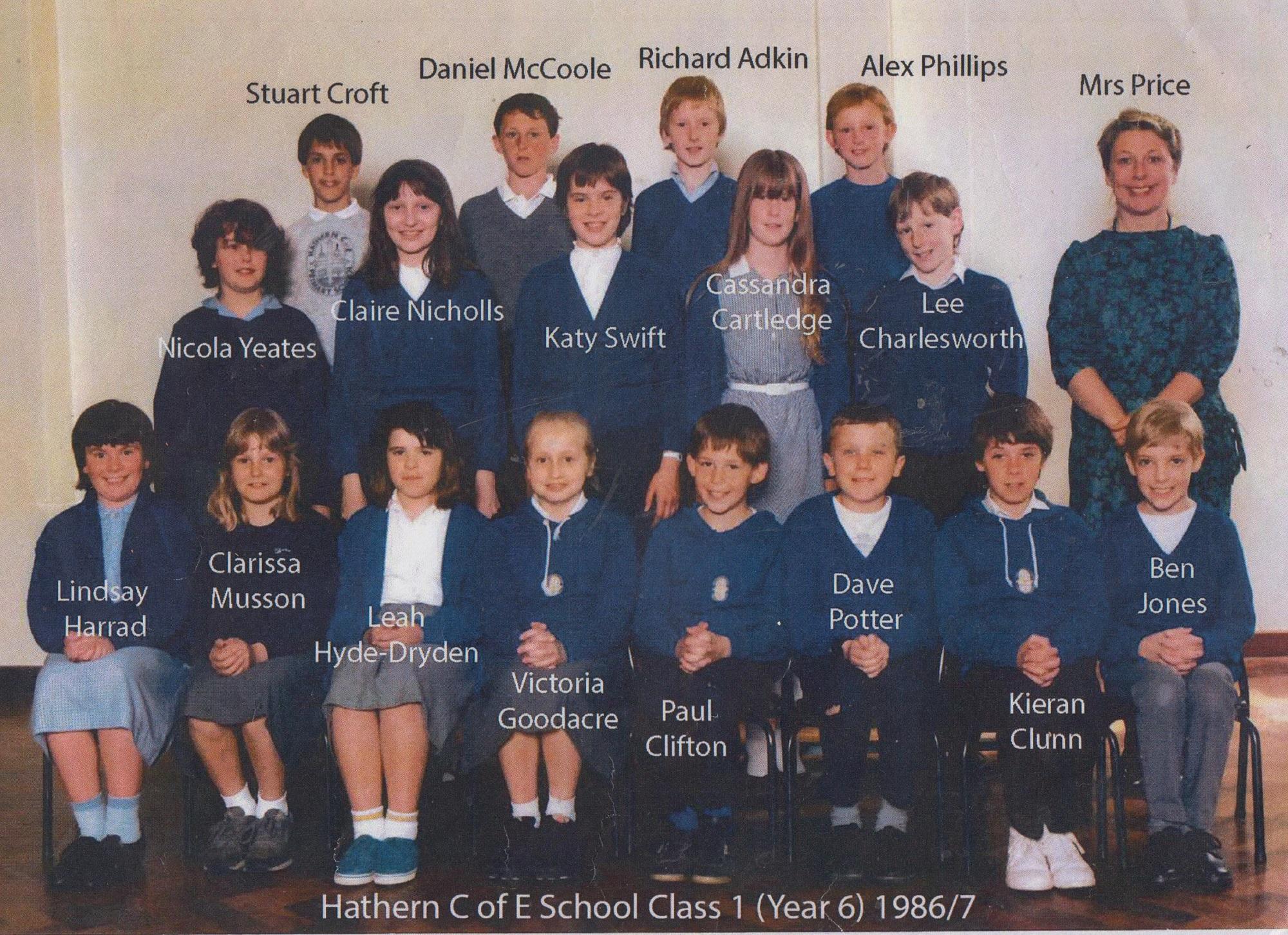 school_group_class_1_19861987_001.jpg