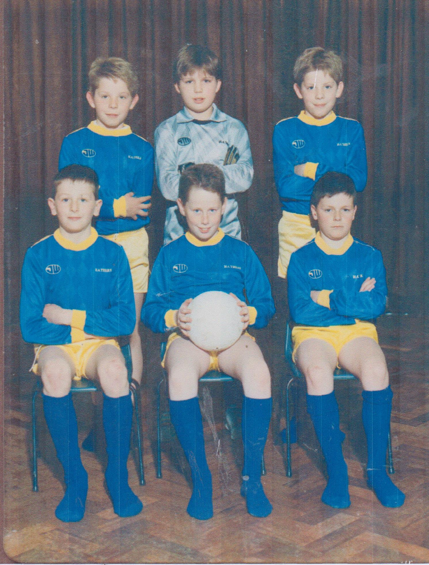 school_football_swifts_001.jpg