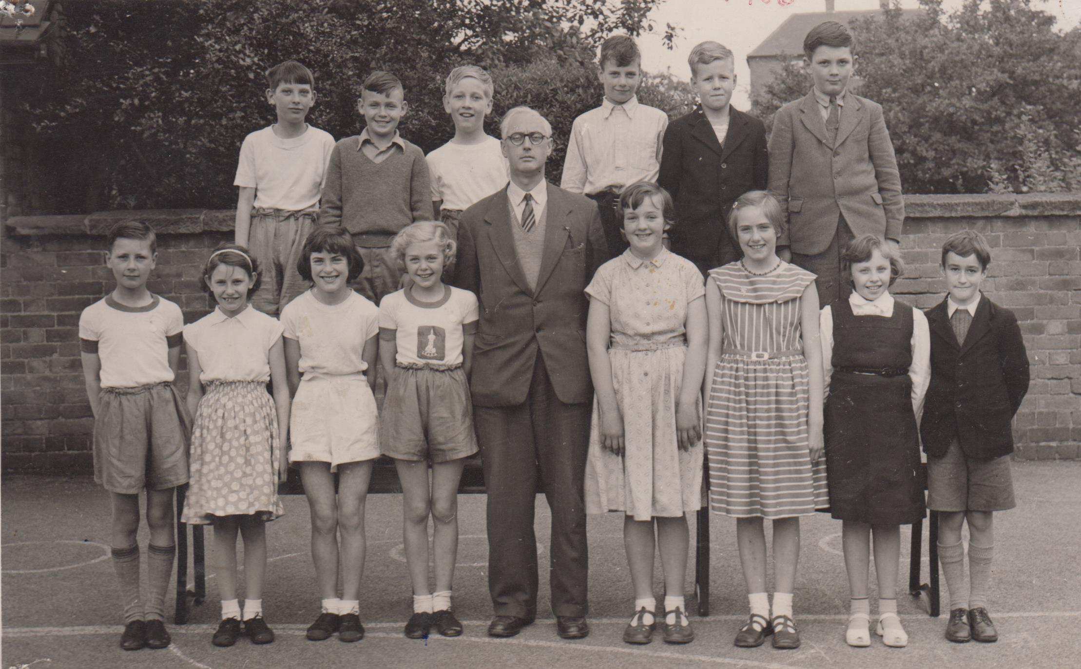 school_leavers_1956_001.jpg