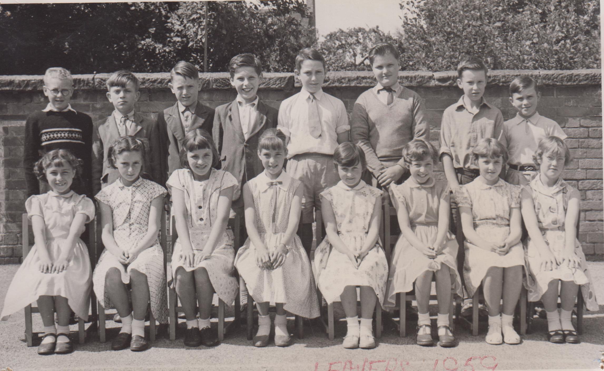 school_leavers_1959_001.jpg