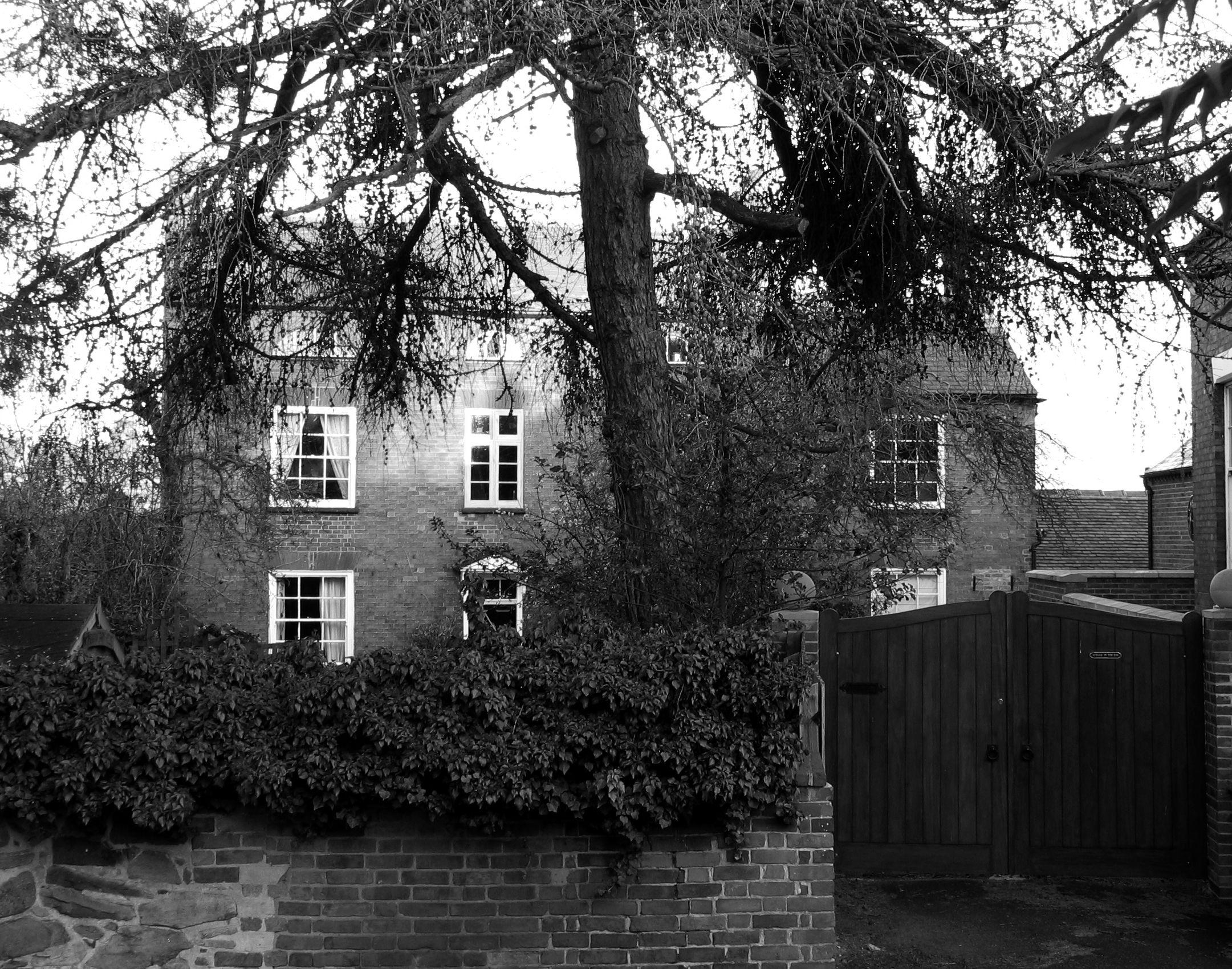 meadowfarmhouse.jpg