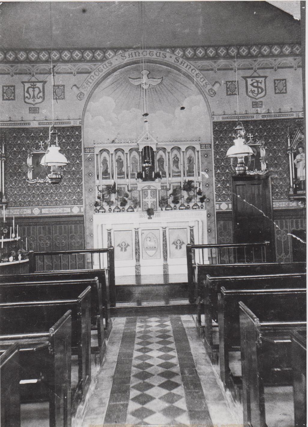 h98_catholic_church_interior-001.jpg